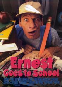 Ernest Vai a Escola